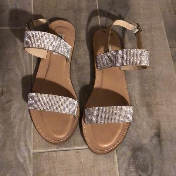 59f7d2b6d8a Steve Madden sandals